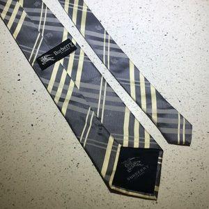 Burberry tie silk plaid grey yellow white tye